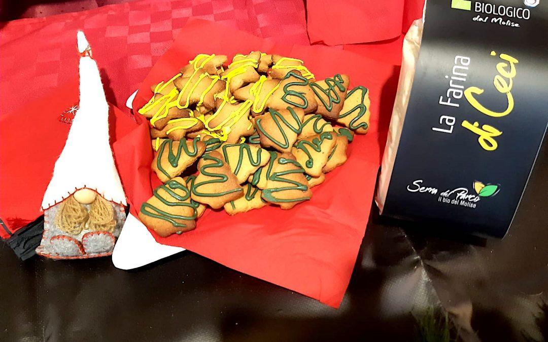 Biscotti pan di zenzero con farina di ceci bio