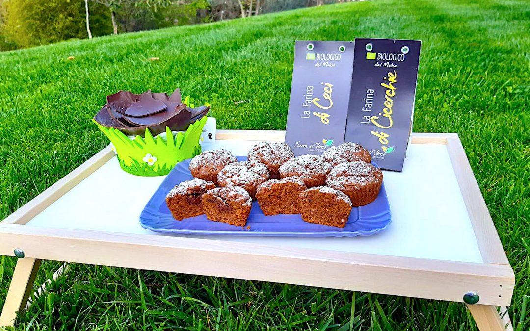 Muffin bio al cioccolato di uova di Pasqua e farine di legumi