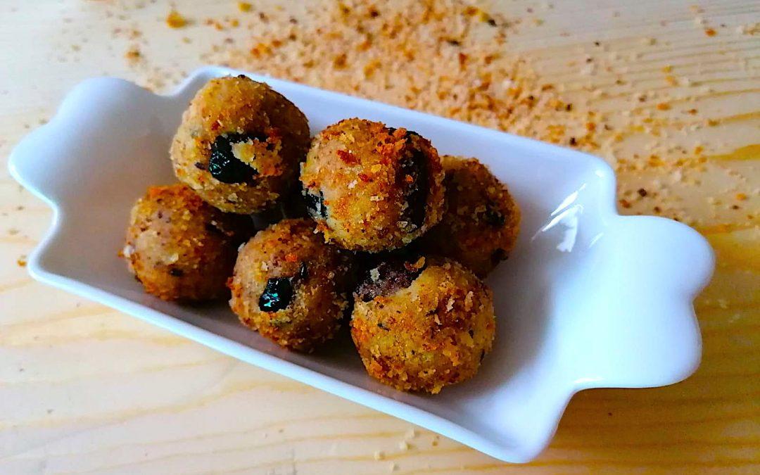 Polpette di farina di ceci bio con olive nere